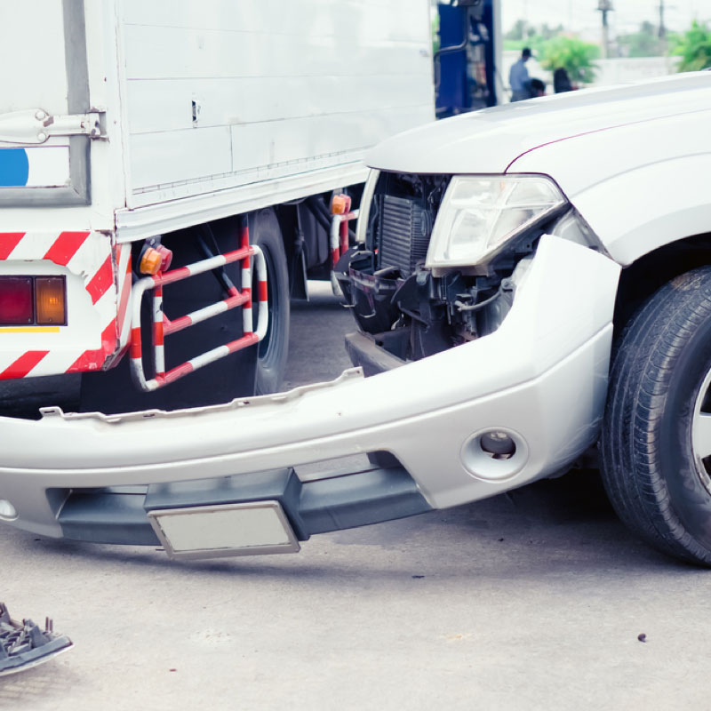 Who may be held liable in a trucking accident?